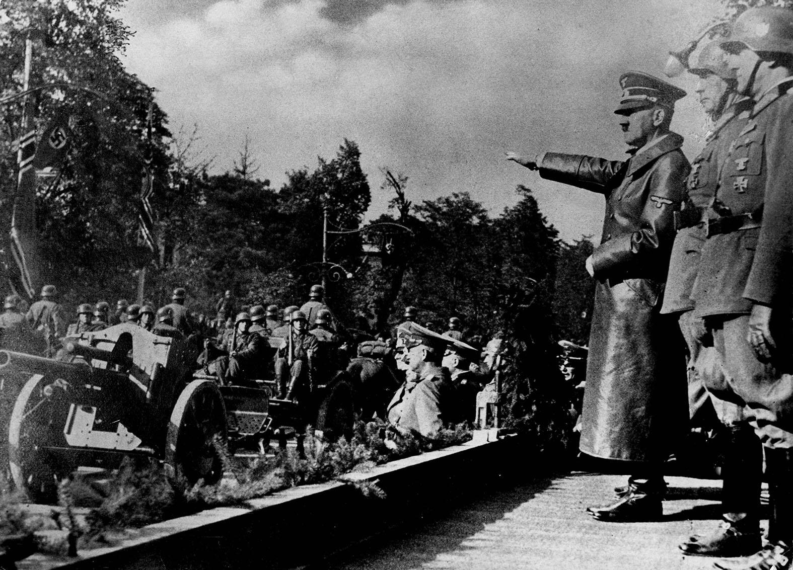 Рассекреченные тайны: Путин рассказал, кто начал Вторую мировую войну история,россия