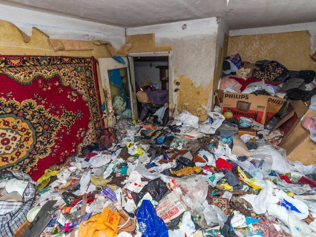 Дикое общество: мальчик-маугли умер в Москве