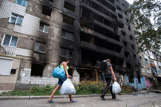 Мнение: Украине нужна помощь Запада, России - отмена санкций