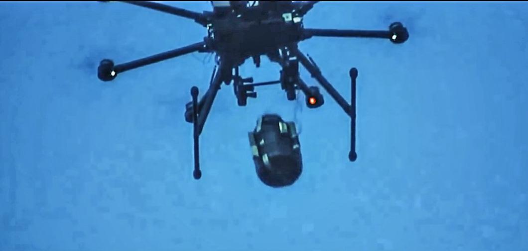 Летающий гранатомет, мировой рекорд высоты на российском квадрокоптере и многое другое