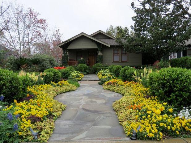 Мастеровой Сад by David Morello Garden Enterprises, Inc.