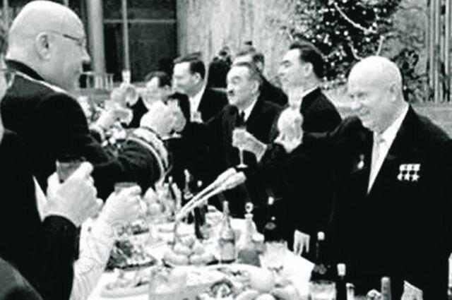 Никита Хрущёв СССР, вожди, история, новый год, праздник, традиции