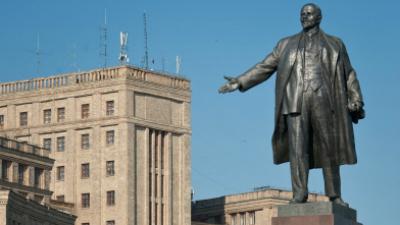 Памятник Ленину в Харькове снесли по распоряжению губернатора