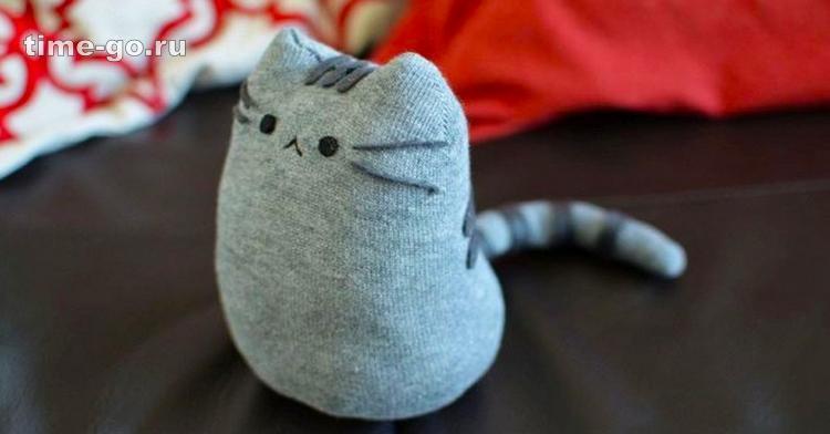 Шьем очаровательного котика из носка