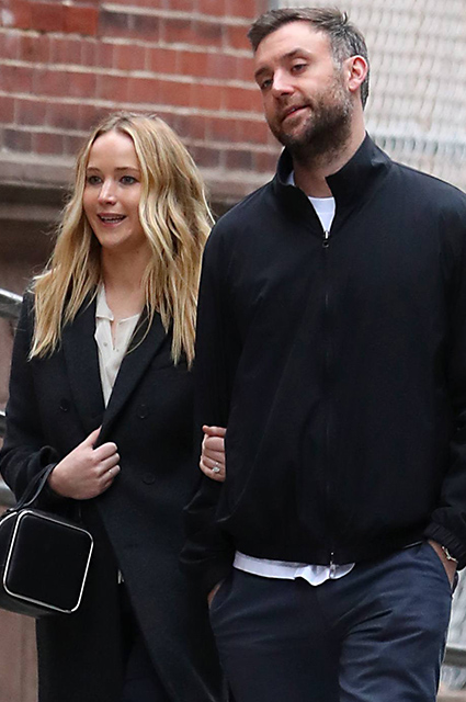 Дженнифер Лоуренс и Кук Марони на свидании в Нью-Йорке звездные пары