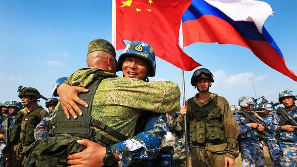 Армии России и Китая на совместных учениях