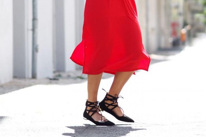 С чем носить остроносые туфли на низком ходу: 6 стильных идей