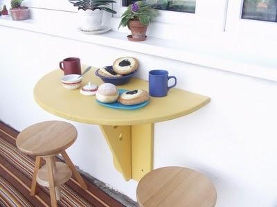 Делаем откидной столик на балкон