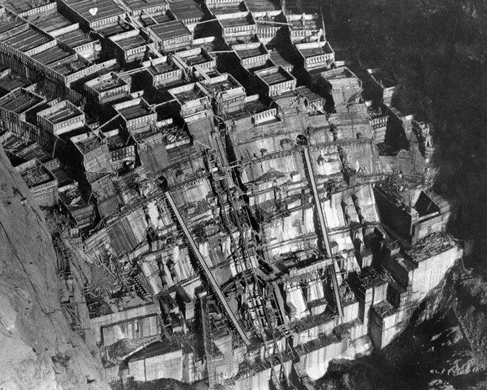 8. Плотина Гувера на реке Колорадо. США, граница между Невадой и Аризоной архитектура, достопримечательности, интересно, исторические фото, исторические фотографии, познавательно, сооружения, строительство