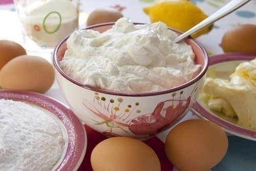 Фото к рецепту: Творожник лимонный