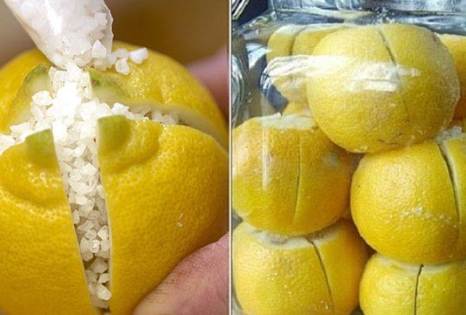 Она разрезала лимон и засыпа…
