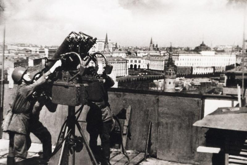 Какой ущерб налеты люфтваффе нанесли Москве