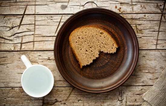 Приметы о еде. Что сулит разлитый чай?