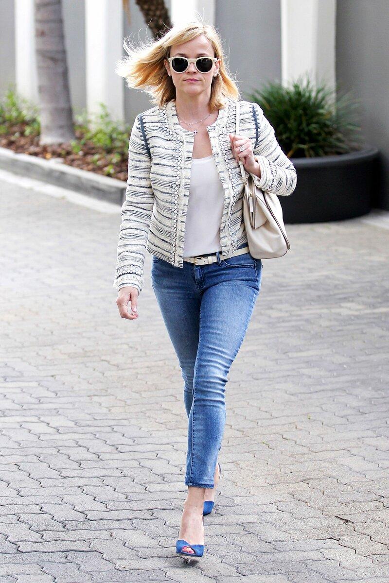 7 повседневных вещей, которые стоит носить как можно реже, чтобы себе не навредить аксессуары,гардероб,красота,мода,мода и красота,модные образы,модные сеты,модные советы,модные тенденции,обувь,одежда и аксессуары,стиль,стиль жизни,уличная мода,фигура