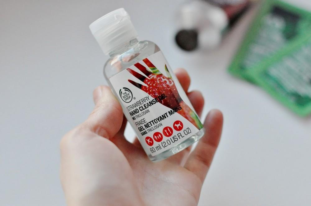 Стоит ли покупать антибактериальные гели для рук