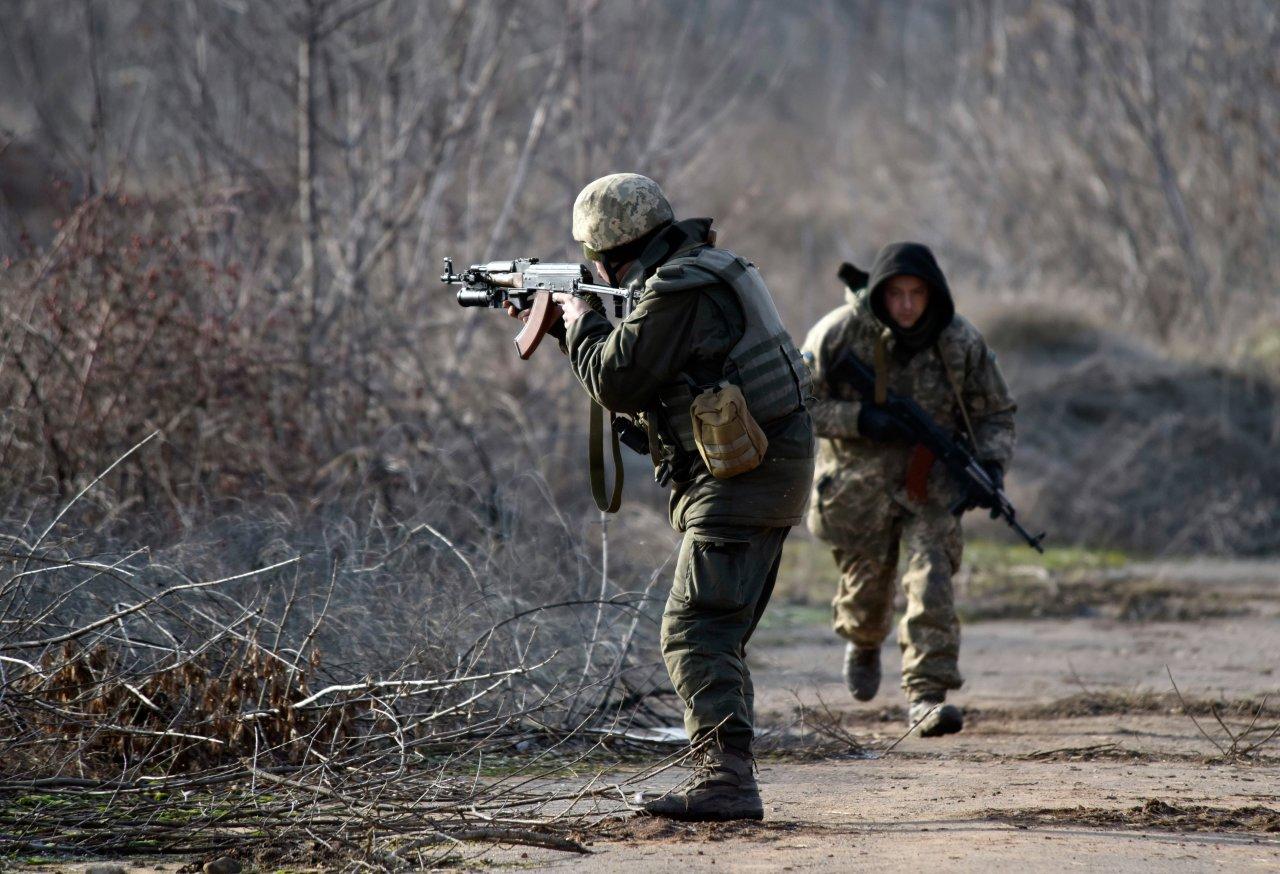 Политолог назвал привлечение США в украинский конфликт «танцем на граблях».