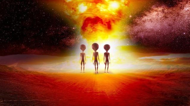 Уфолог: Инопланетяне внезапн…