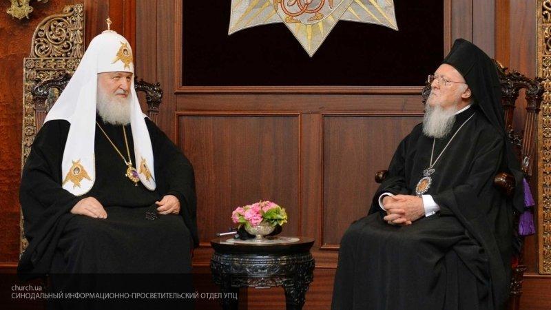 """""""Не знаю, как они будут выкручиваться"""": в РПЦ прокомментировали подписание томоса об украинской церкви"""