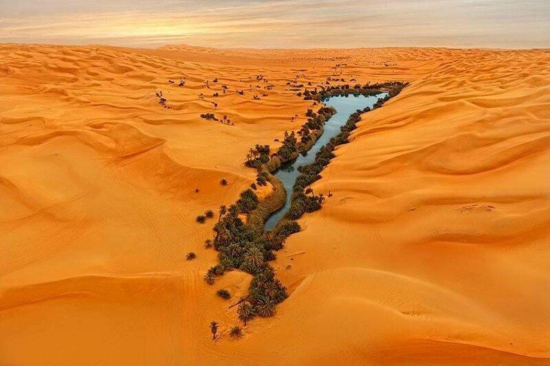 18. «Так выглядит оазис в Ливийской пустыне» в мире, вещи, кадр, красота, подборка, удивительно, фото