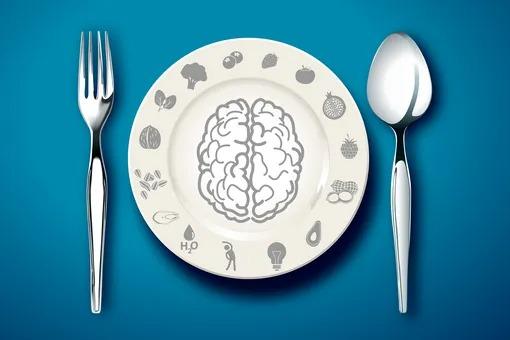 Продукты, которые приносят вред нашему мозгу
