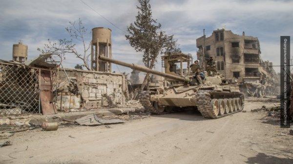 Ставка на курдов: эксперт объяснил тайник американского оружия в Африне