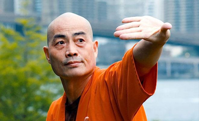 Боксер решил проверить свои силы в поединке с монахом Шаолинь и проиграл за 3 секунды Культура