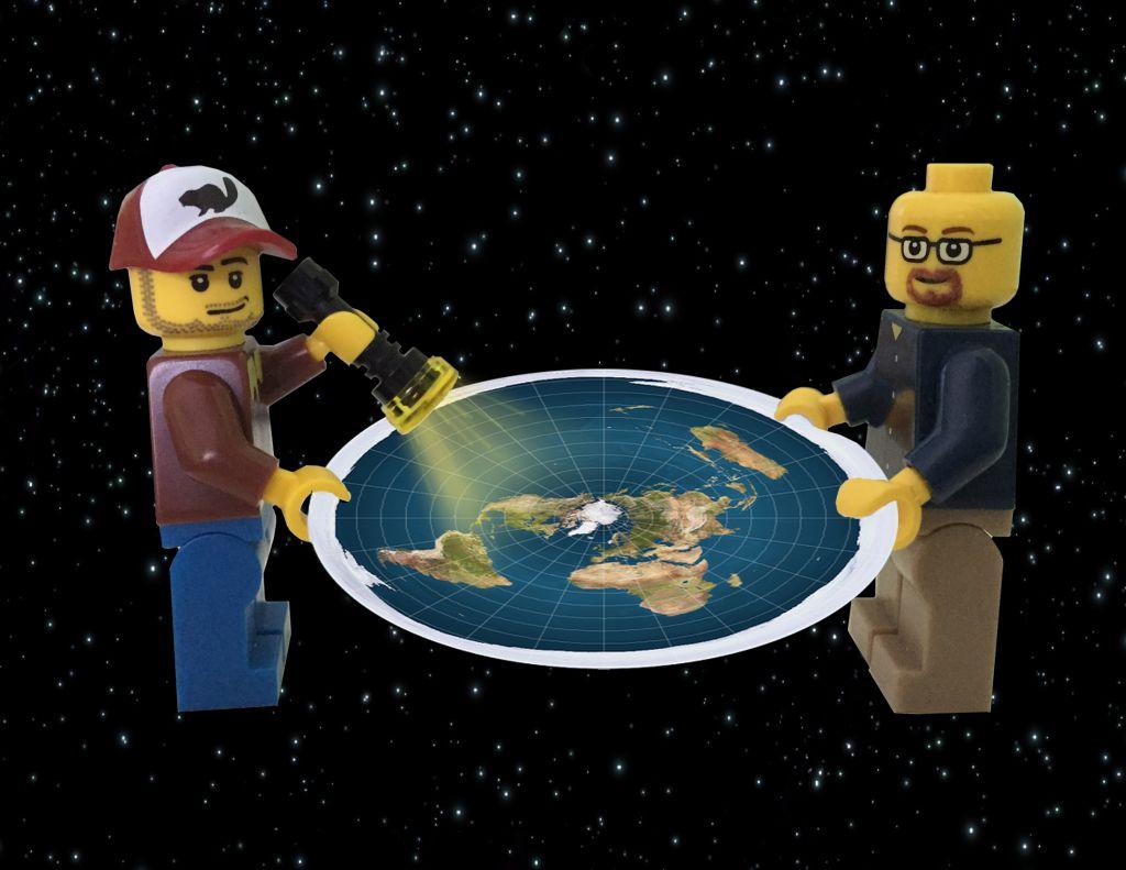 А что если Земля на самом деле плоская
