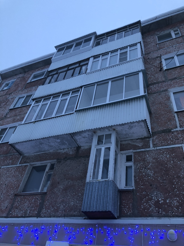 10+ смешных балконов, которые можно увидеть только в нашей стране точно, можно, балкона, беседкуЧтобы, массыТам, изобщей, ведраВыделяется, только, похудетьИхранить, сначала, нужно, попасть, Многие, достроить, БарбиКлеопатра, квартираСнизу, ацелая, небалкон, архитектурыЭто, неругатьсяЧудеса