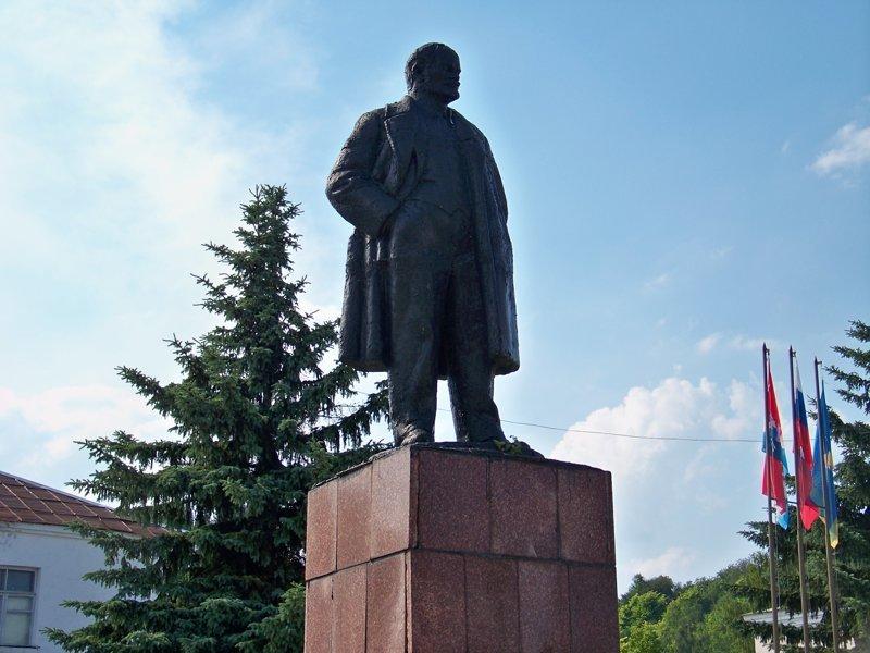 Грустный Ильич на главной площади Города России, ивановская область, красивые города, пейзажи, путешествия, россия