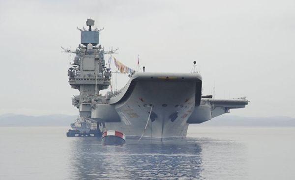 Россия собирается построить суперавианосец, которому не суждено быть спущенным на воду (El Confidencial, Испания)