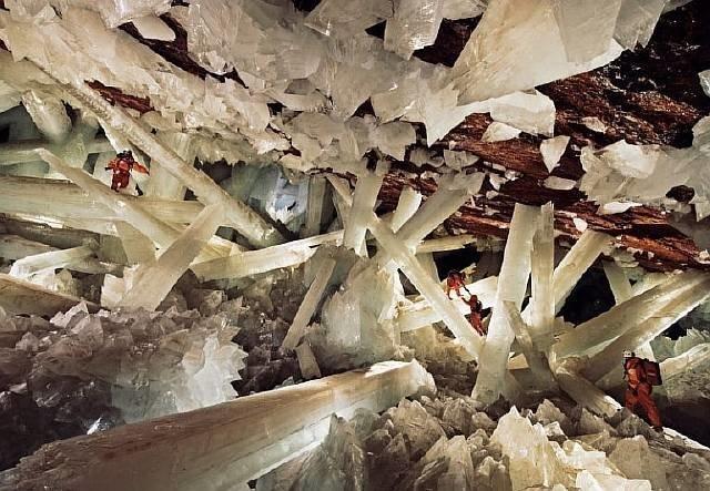 Пещера гигантских кристаллов в Мексике интеренсое, планета земля, туризм