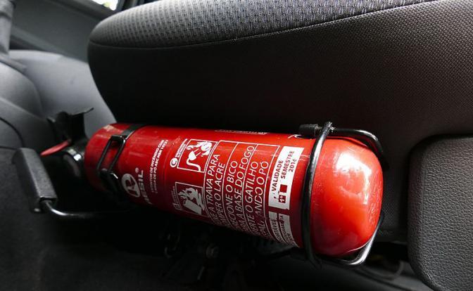 Огнетушитель в машине: все, что нужно знать