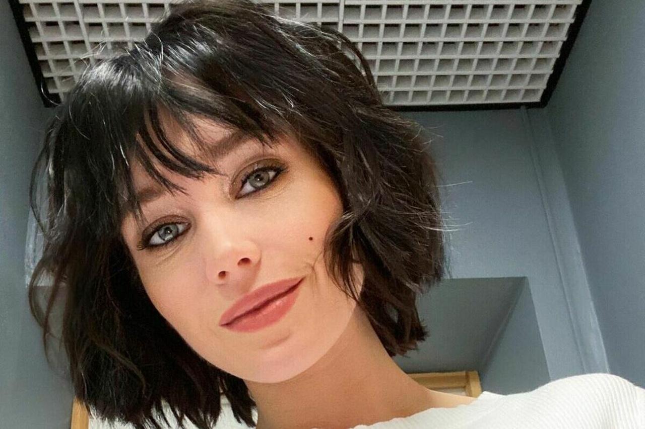 Кристина Асмус - брюнетка