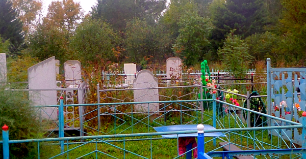 Свет на погосте. Кладбищенские истории