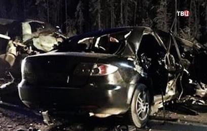В результате ДТП с двумя машинами в ХМАО погибли 10 человек