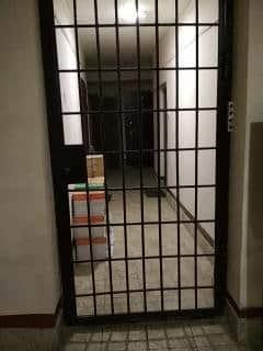 Законные способы возведения перегородки на лестничной площадке лестничная площадка,перегородки,ремонт и строительство
