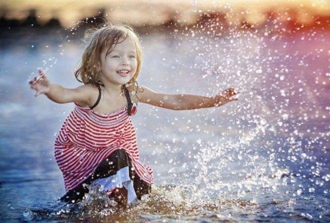 25 весёлых фотографий из жизни малышей, которые заставят вас улыбнуться