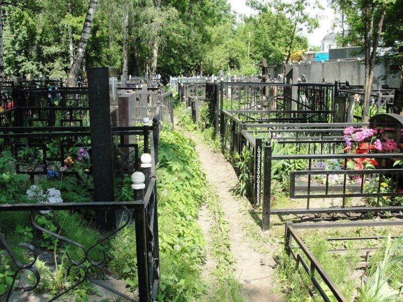 Случай на кладбище