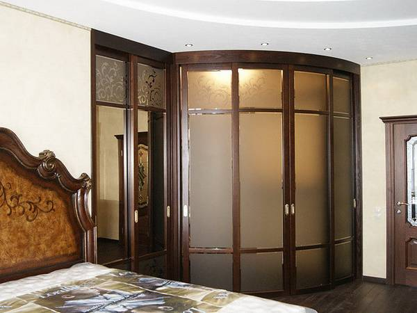 радиусные раздвижные двери для гардеробной, фото 29