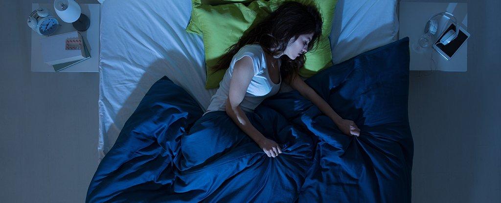 Кто спит с нами в нашей постели.