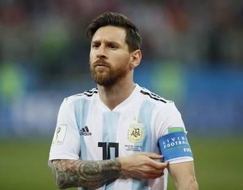 Аргентинские футболисты  попросили поменять тренера на матч с Нигерией