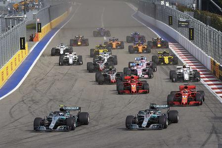 Формула 1: Mercedes освистали на Гран-При России