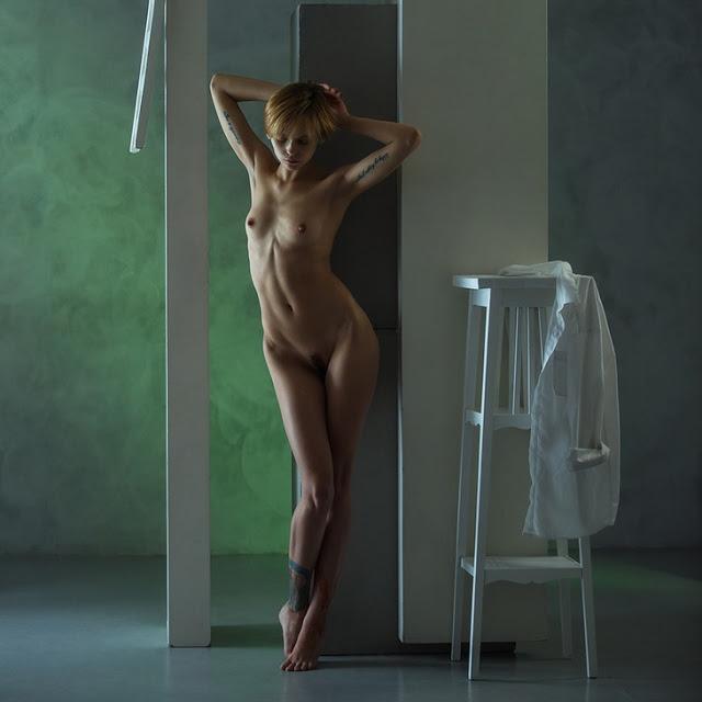 Art nude women clip, lesbian threesome video shower