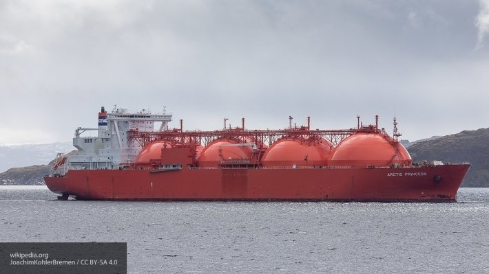 СПГ-экспансия РФ: «Газпром» и «НОВАТЭК» стремительно вытесняют США из Азии