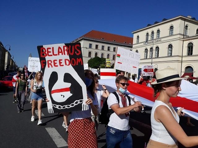 Кризис в Белоруссии: что делать русским? геополитика