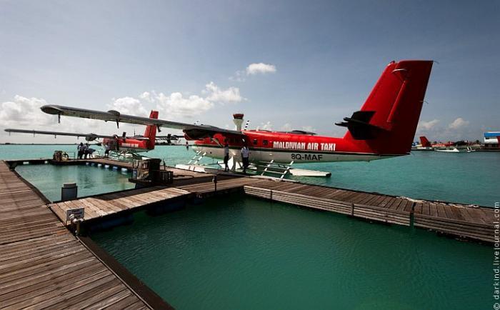 Пролетая над Мальдивами курорты,Мальдивы,с высоты птичьего полета