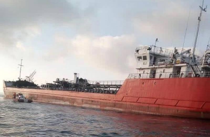 Подробности инцидента с танкером в Азовском море