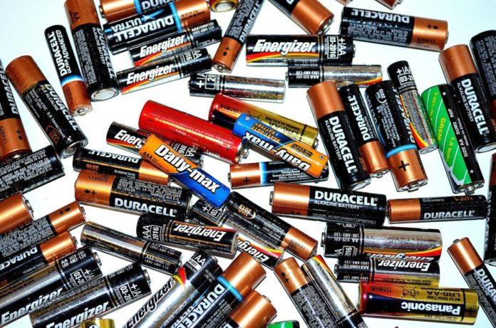 Шпаргалка: Виды батареек по размерам и химическому составу аккумулятор,батарейки,гаджеты,интересное,советы,шпаргалка