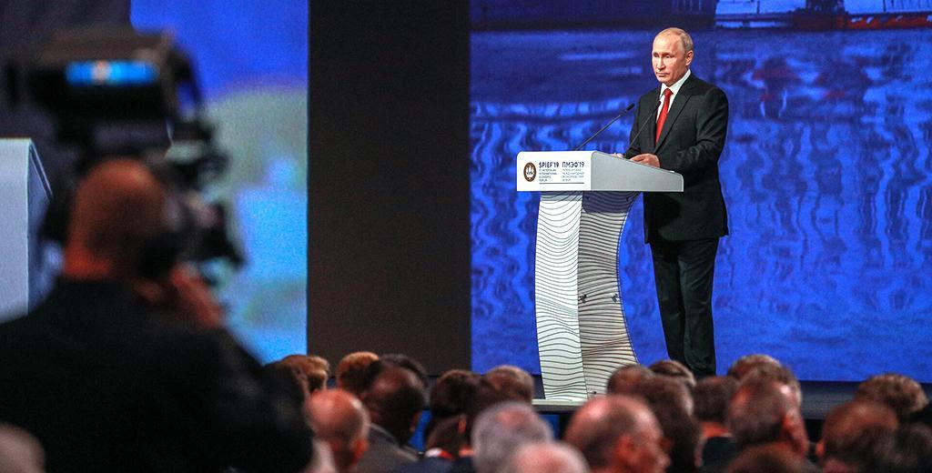 Путин потребовал от правительства перестать принюхиваться