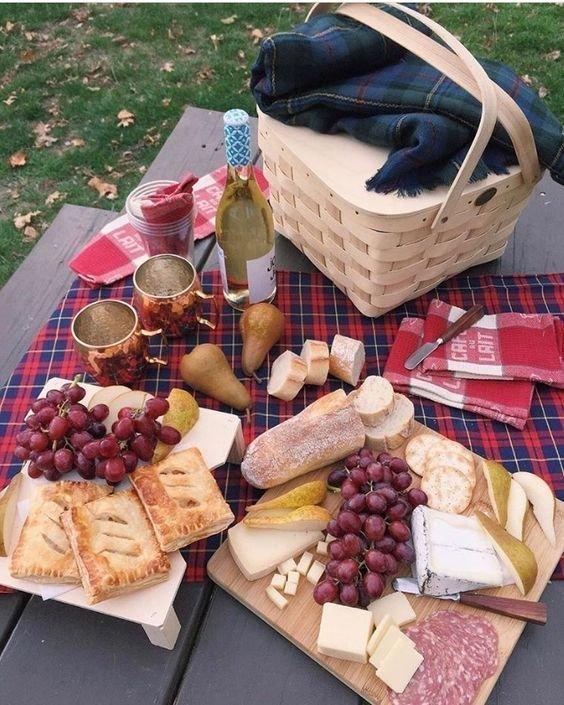 Идеи для осеннего пикника, или чем насытить свой желудок на свежем осеннем воздухе бананы, овощи на гриле, осень, пикник, чай, шашлык, яблоки